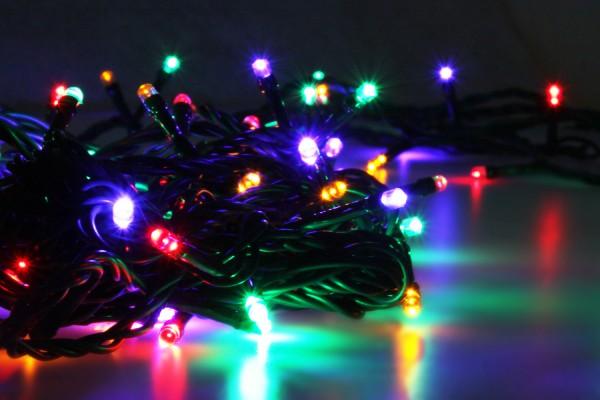 LED Universum | LED Lichterkette 100 LEDs | Multifunktion | RGBY bunt | Außen | 10 Meter
