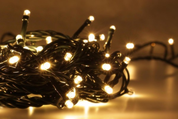 LED Universum | LED Lichterkette 100 LEDs | Multifunktion | warmweiß | Außen | 10 Meter